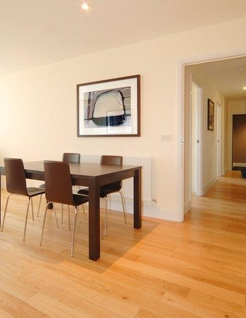Reading Serviced Apartments: Living