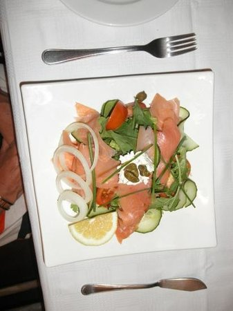 Powell House Restaurant : Salmon.... mmmmmm