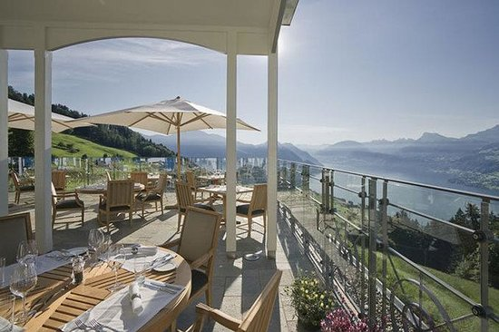 Hotel Villa Honegg: Restaurant Terrace