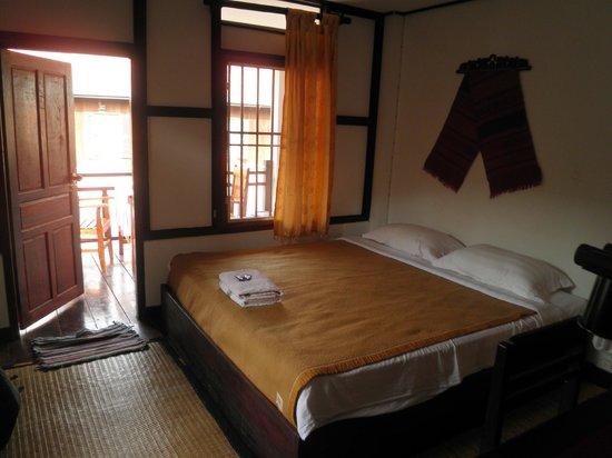 Sabaidy 2 Guesthouse: room