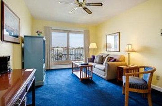 St. Michaels Harbour Inn Marina & Spa: Waterfront King Suite
