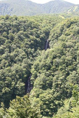 Takimidai Lookout: 3段に分かれている3階の滝