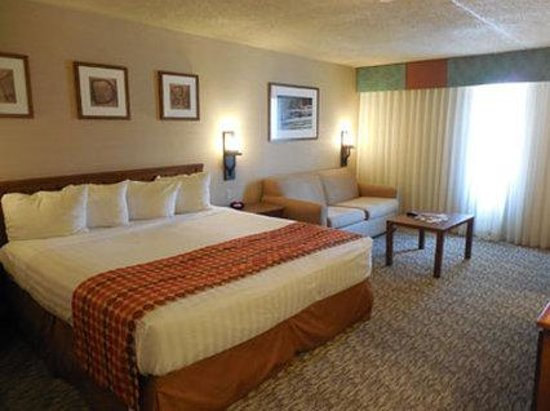 Ramada Mesa Phoenix East Area: King Executive