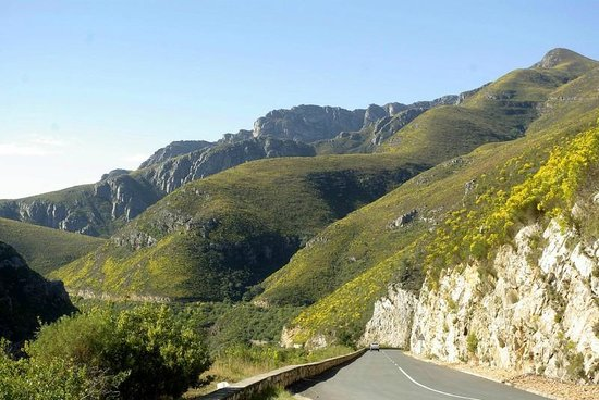 The Tradouwspass: scenic drive through the Tradouwpas