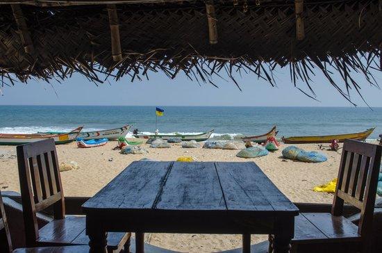 Mamma Mia Beach Restaurant & Cafe