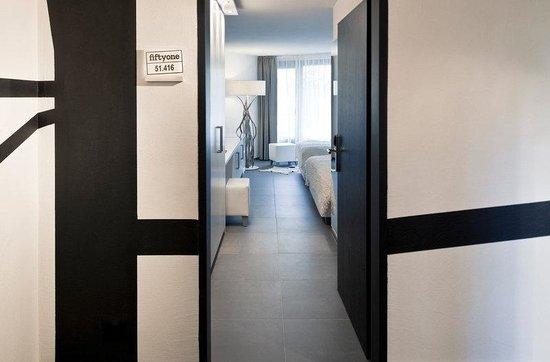 Morosani Fiftyone: Bedroom