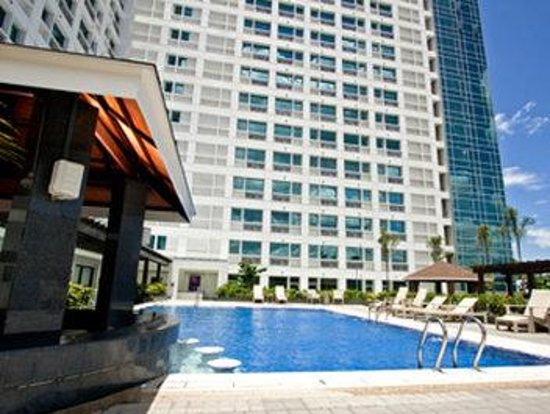 Quest hotel and conference center cebu updated 2017 prices reviews cebu island cebu city for Cheap hotels in cebu city with swimming pool