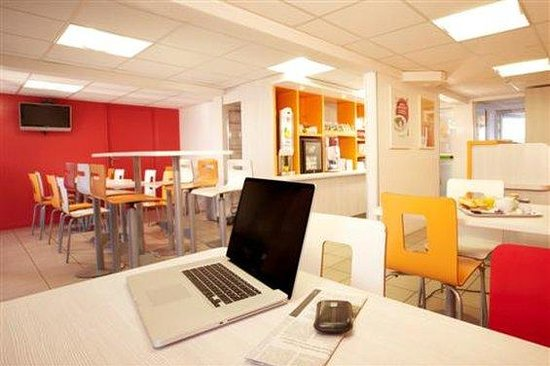 Premiere Classe Bordeaux Sud - Villenave D'Ornon : Breakfast Room