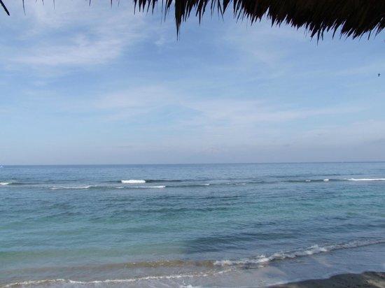 Jeeva Klui Resort: Looking across to Bali