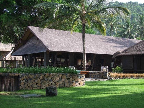 Jeeva Klui Resort: The open-air restaurant building