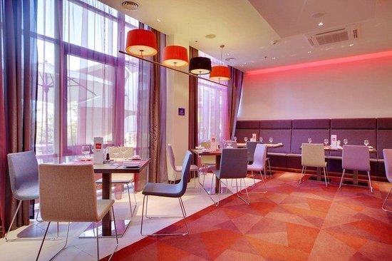 Park Inn By Radisson : Restaurant