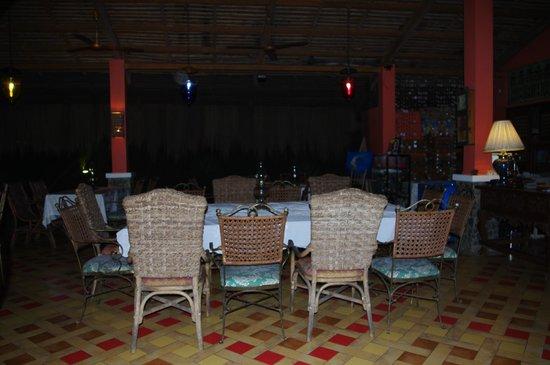 Rafael Farms Garden Restaurant: Table setting