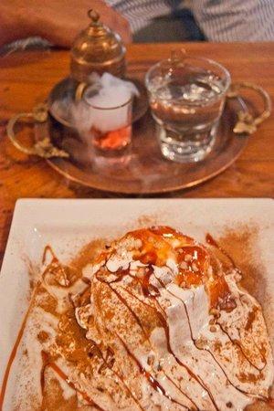 Ist Cafe Patisserie Restaurant