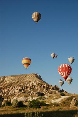 Cihangiroglu Balloons: - beautiful insanity~