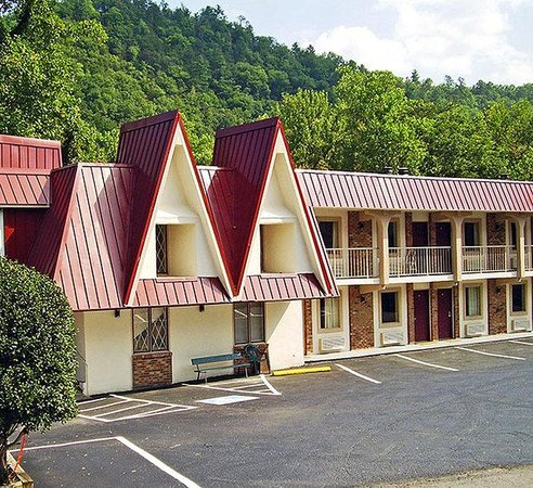 Motel 6 Gatlinburg Smoky Mountains: MExterior