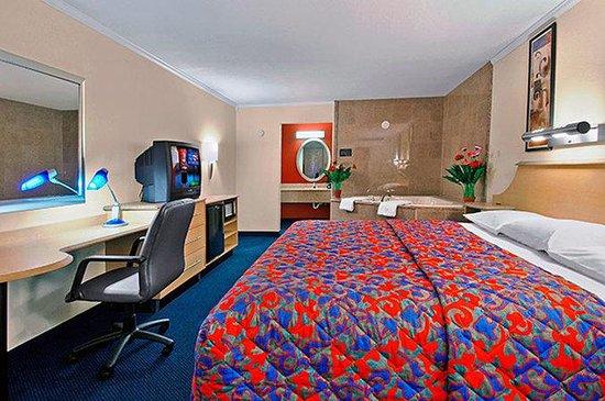 Motel 6 Gatlinburg Smoky Mountains: MKing
