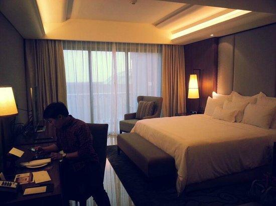 Hotel Tentrem Yogyakarta : Deluxe King