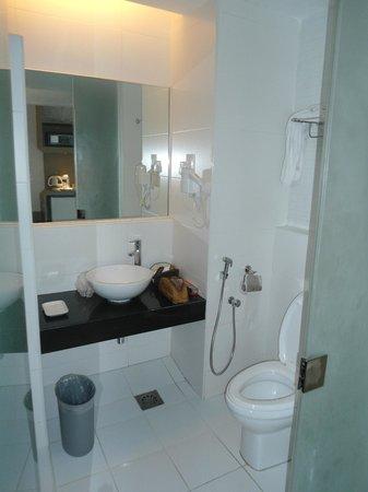 Hotel Sentral Pudu: Nice, Clean Bathroom