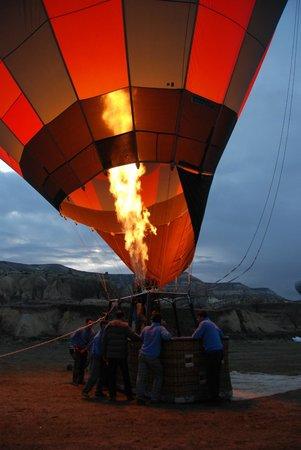 Cihangiroglu Balloons: Flames licking at nylon and wicker! Beautiful madness!