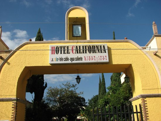 Hotel California: entrance to the hotel