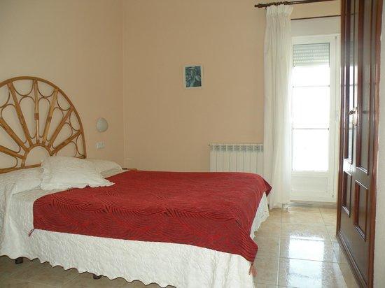 Hotel Rompeolas: Habitacion individual con terraza
