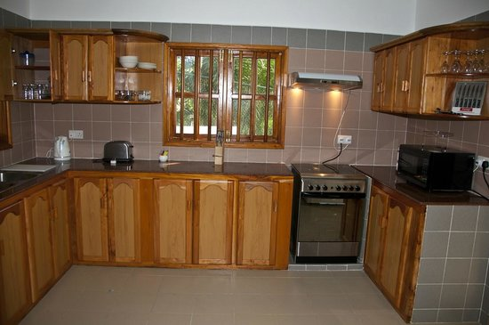 La Fontaine Holiday Apartments: Kitchen