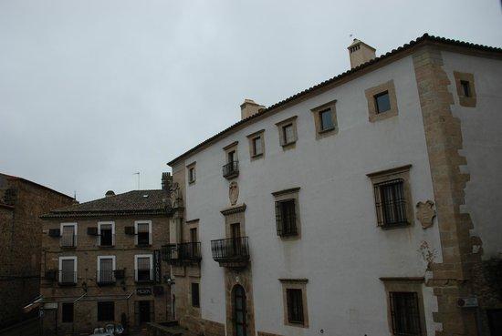 Hostal San Miguel: La Plaza desde la habitación
