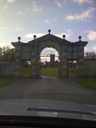 Grand entrance to Swinton Park
