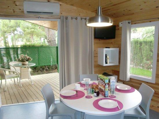 Roda de Bara, Spain: bungalow stel luxe
