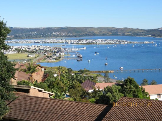 Villa Afrikana Guest Suites:                   View of Knysna harbour from Spitzkop Suite