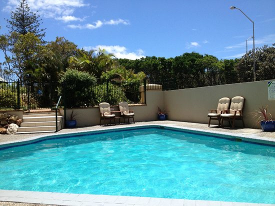 Capricorn One:                   pool area