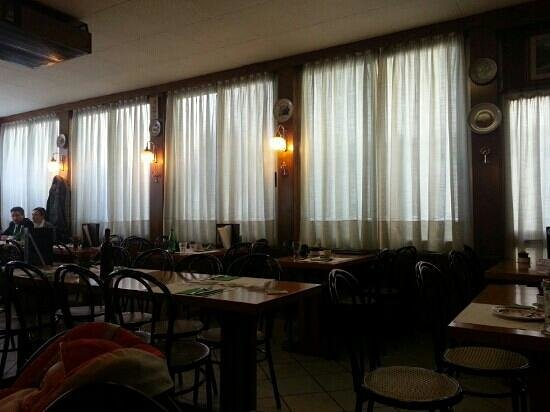 Pizzeria da Pino : friendly ambiance