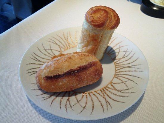 Caprice (Central): Delicious bread