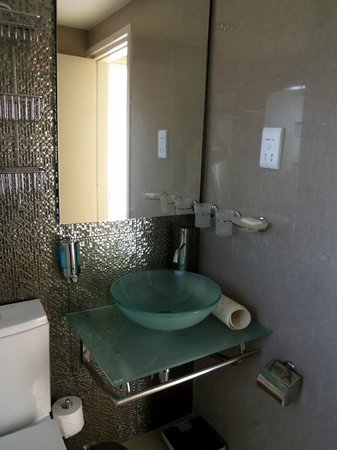 The King Jason Paphos: Bathroom - 1 Bedroom Apartment