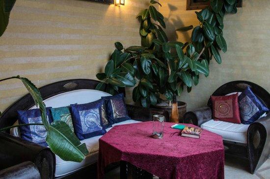 Riad Les Trois Mages:                   1st floor lounge