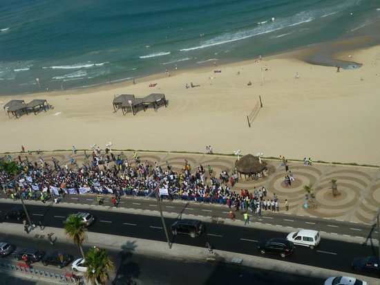Park Plaza Orchid Tel Aviv:                   Demonstration on beach at 6 am!