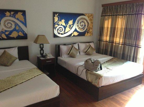 ماليزيا هوتل: das grosse Bett