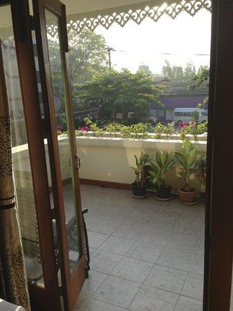 ماليزيا هوتل: die Terrasse