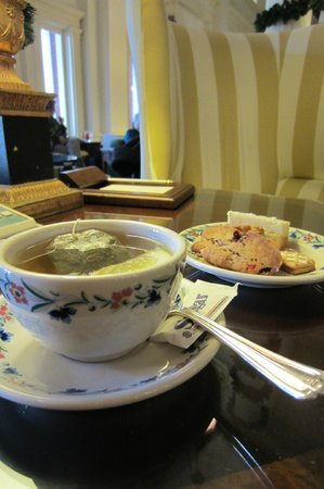 The Omni Homestead Resort: Tea time