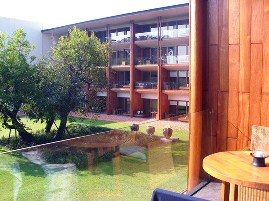Anantara Chiang Mai Resort: Blick nach rechts