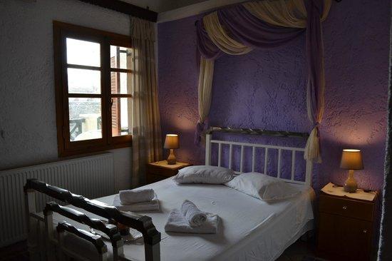 Hotel Keramos