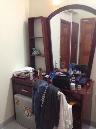 Bao Khanh Tuong Hotel :                   Nice dresser minus our mess!