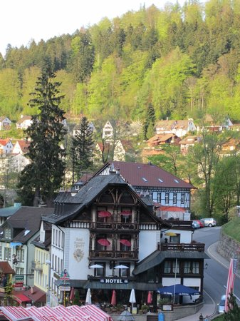 Hotel Restaurant Pfaff:                   view of hotel from path to falls