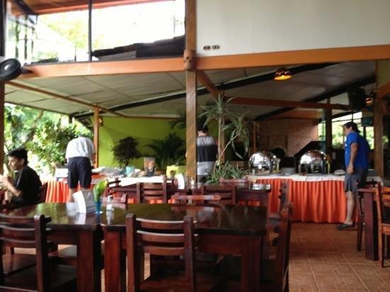 Arenal Volcano Inn:                   Desayuno Bufet