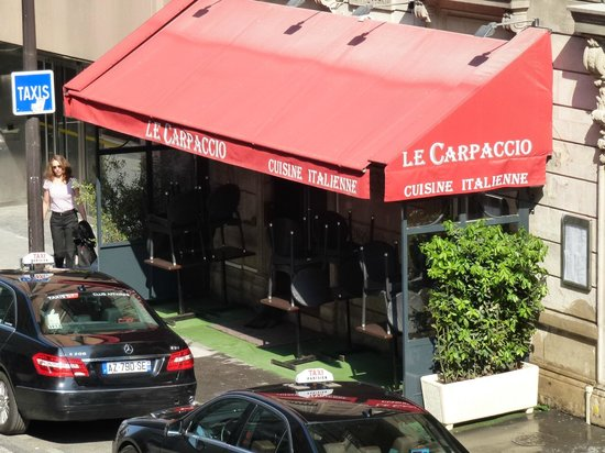 Warwick Paris : View from Balcony - great Italian Resturant