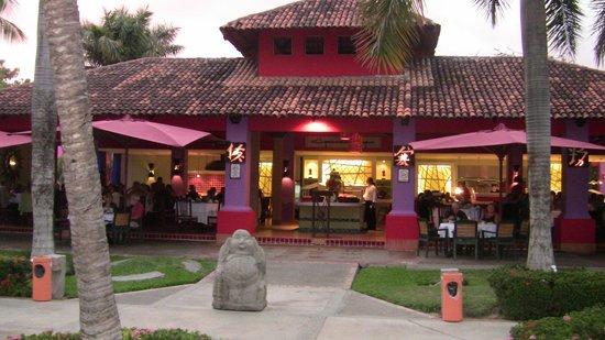 Royal Decameron Complex: Restaurant Jap Jap et Taie