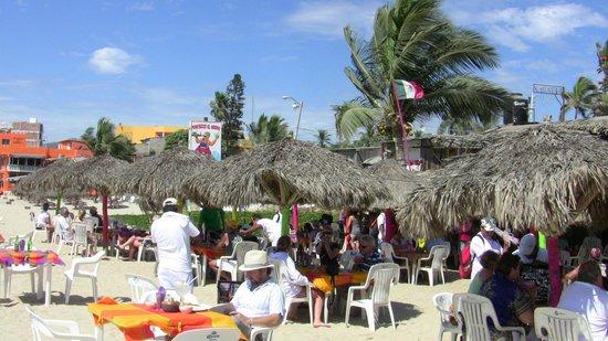 Royal Decameron Complex: Sur la plage rencontre de bon endroit bon drink