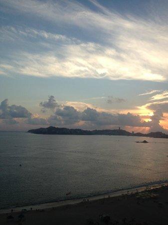 Emporio Acapulco Hotel: Vista al mar
