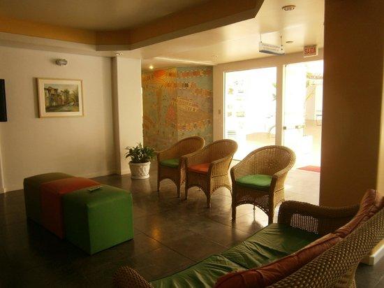 Praiatur Hotel Florianopolis: 6 Ingleses-Praiatur: zona de estar-TV