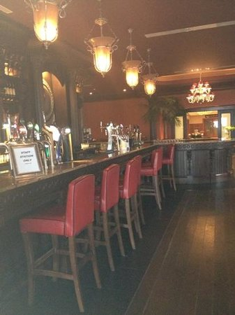 Salthill Hotel:                   the bar
